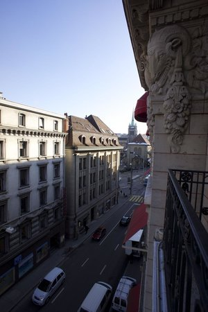 Lausanne Palace & Spa:                   view from balcony of 338 onto St François place