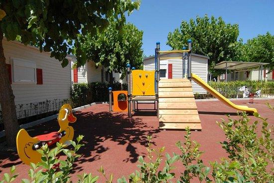 Camping Resort-Bungalow Park Mas Patoxas: Parque infantil