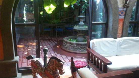 Hotel Casa Naranja:                   Lobby/Lounge