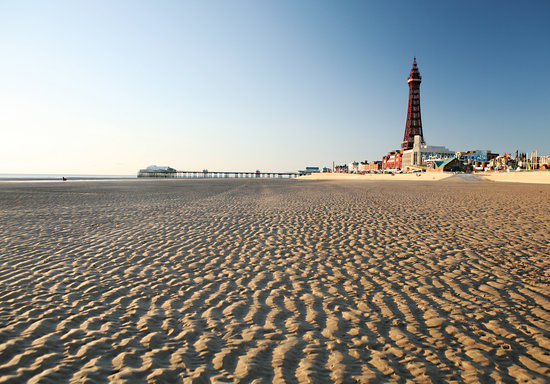 แบล็คพูล, UK:                   Blackpool - the great British seaside