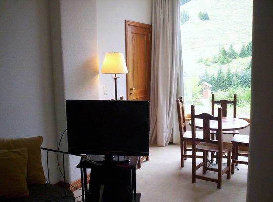 Club Hotel Catedral:                   Vista estar departamento planta baja en cuerpo principal del hotel