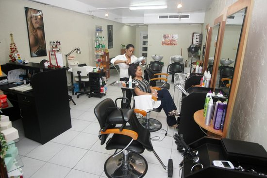 Sapphire Beach Club Resort: Hair Salon & Spa