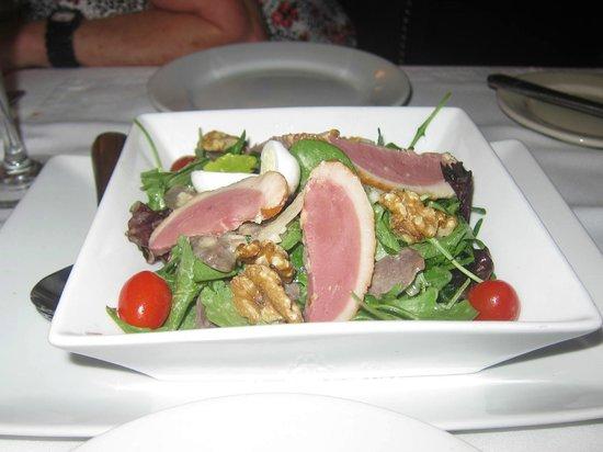 Bistro de Paris:                   Salade Lyonnaise