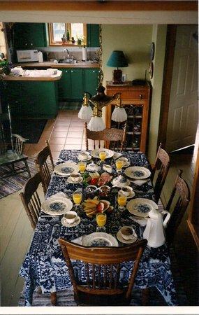 Le Nid De L'Anse: Salle à manger