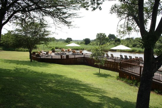 Sabie River Bush Lodge:                   The pool area.