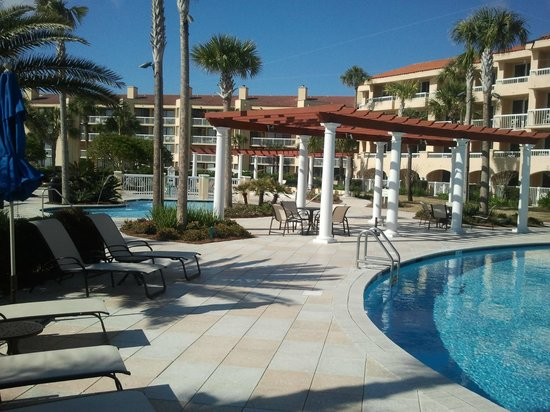 The King and Prince Beach and Golf Resort:                   Pool Area