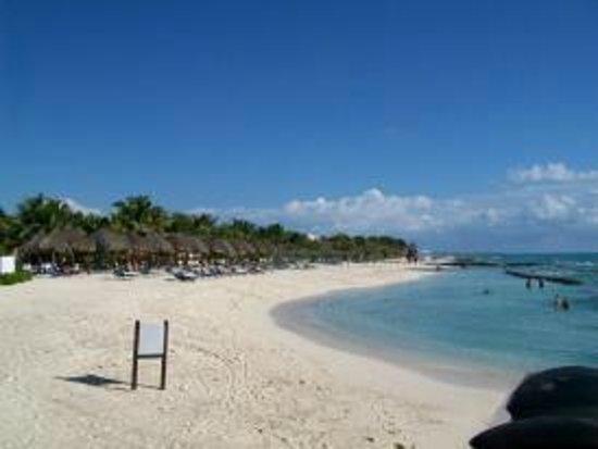 El Dorado Royale, by Karisma:                   Beach