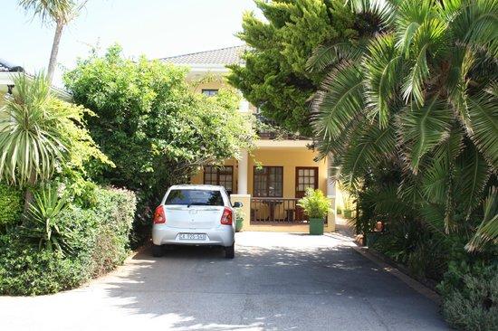 Algoa Guest House :                   Vores lejlighed.