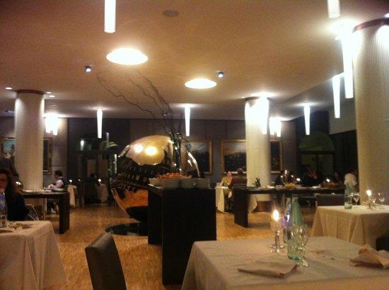 Park Hotel Ai Cappuccini:                   Sala grande ristorante