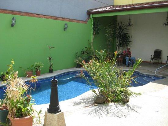 Hotel La Guaria Inn & Suites:                   Pool
