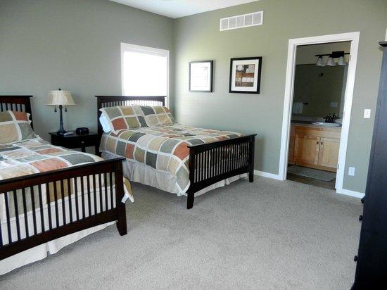 A-Ga-Ming Golf Resort: Cedar Hollow bedroom