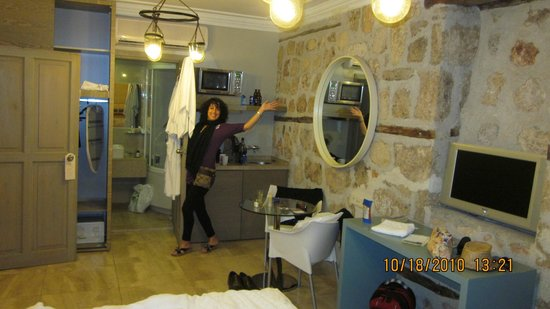Alp Pasa Hotel:                   our room
