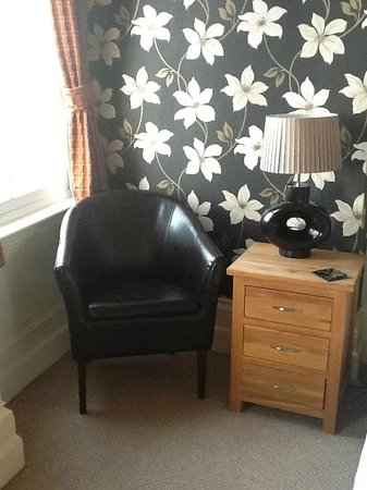 The Crown Hotel: Suite Bedside Table & Chair