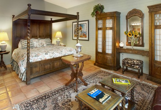 Cactus Cove Bed and Breakfast Inn: Saguaro Suite