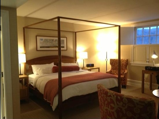Woodstock Inn and Resort:                   Guestroom