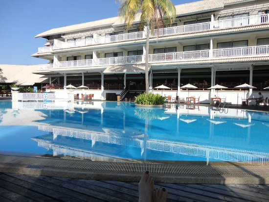 Cape Panwa Hotel pool area and outdoor dining