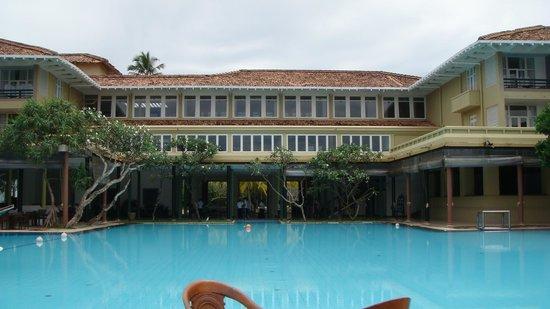 Heritance Ahungalla:                   Poolside