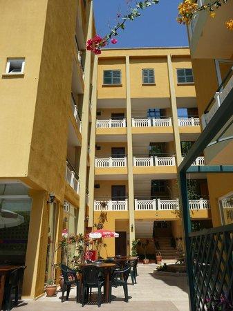Hotel Benna:                   vue générale de l'hôtel