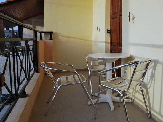 Koula Apartments: Balcony