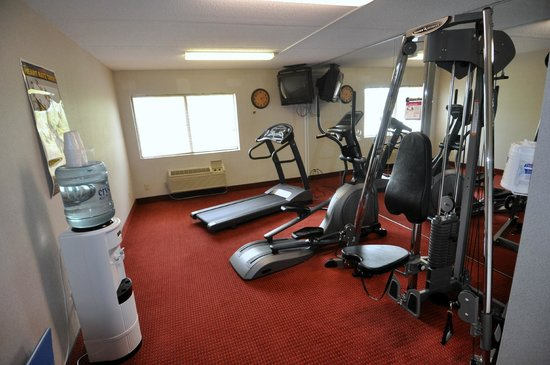 Comfort Inn Jamestown Falconer: Fitness Center