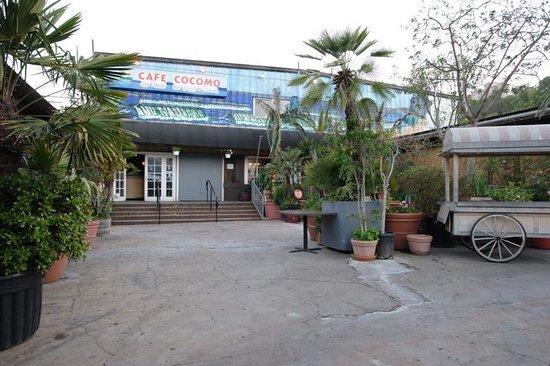 Café Cocomo Bar Grill & Night Club