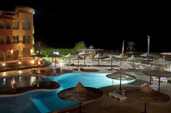 Le Mirage Moon Resort Marsa Alam:                   vista dalla camera appena arrivati