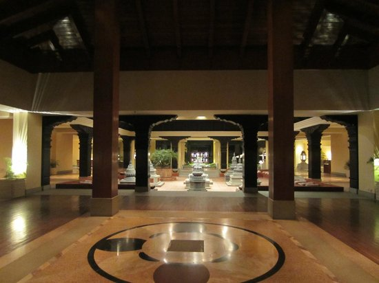 Hyatt Regency Kathmandu:                   Entrance to lobby