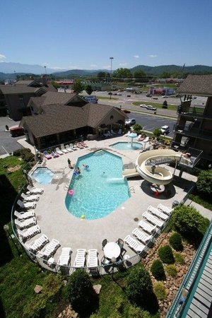 Willow Brook Lodge: Outdoor Pool