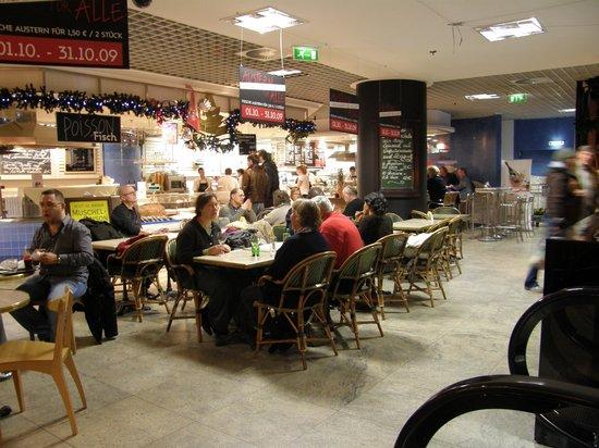 Lafayette Gourmet Berlin:                   Seafood Restaurant
