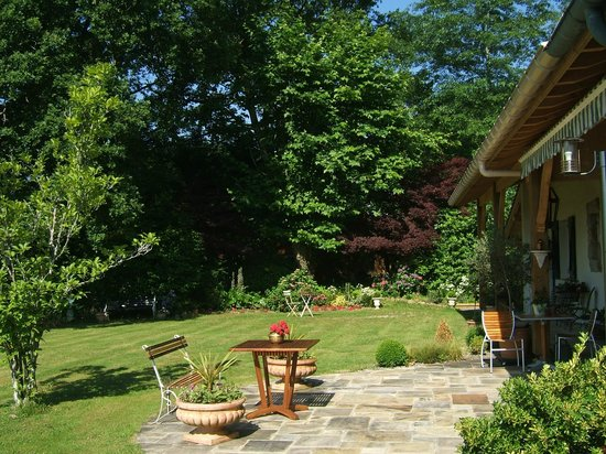 Maison Elgartea :                                     coté terrasse