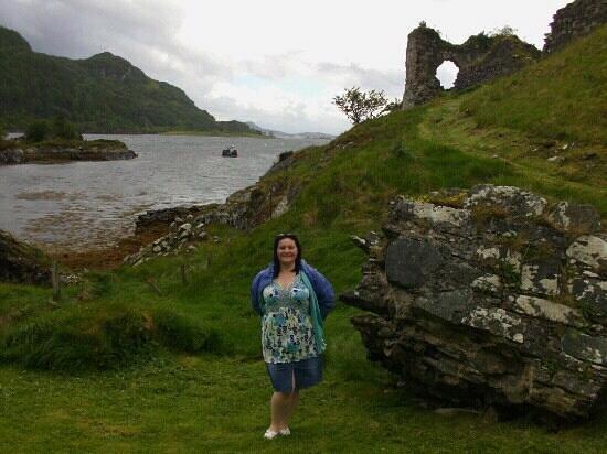 Craig Highland Farm:                   Stromeore Castle Ruins