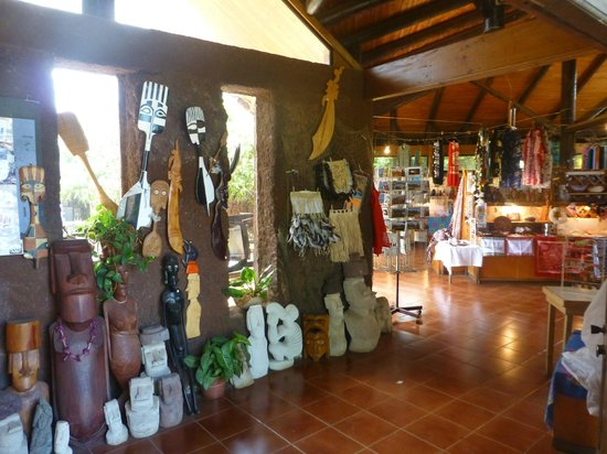 Kaimana Inn Hotel & Restaurant :                   One of the Local Artisan Markets