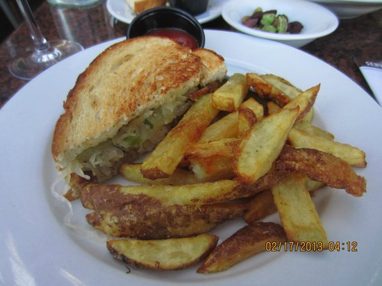 Los Olivos Wine Merchant & Cafe:                   Duck rillettes and sauerkraut sandwich