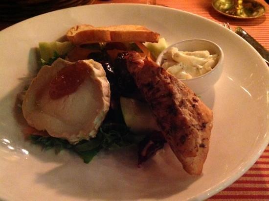 Frans & Sandra: Cicken and chevre salad