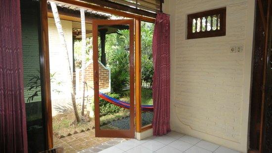 Puri Manik Sari Hotel:                   Room