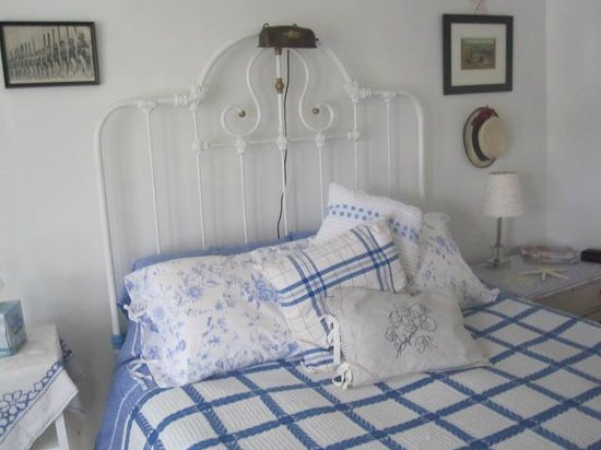 Nathaniel Morris Bed and Breakfast Inn: Nantucket Suite