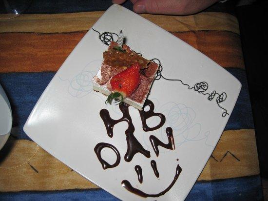 El Cid Castilla Beach Hotel:                   hubby's birthday cake