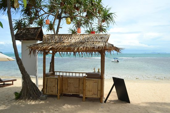 The Sunset Beach Resort & Spa, Taling Ngam:                   The Beach