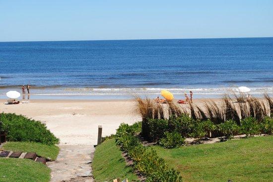 La Solana Boutique Hotel:                   El camino a la playa