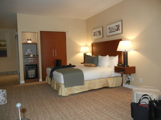 The Heathman Hotel Kirkland:                   Our too sparse room on first floor