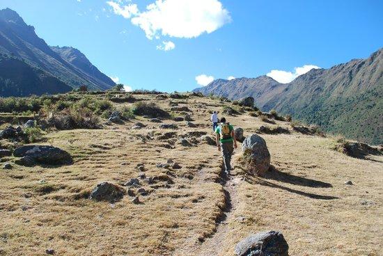 Ollantaytambo, Peru:                   La llegada a las ruinas