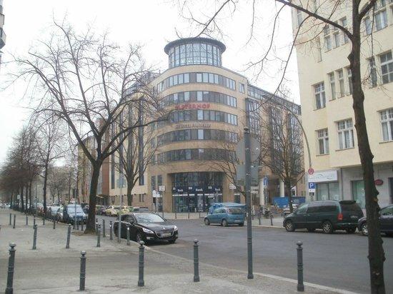 Scandic Berlin Kurfüerstendamm:                   Exterior