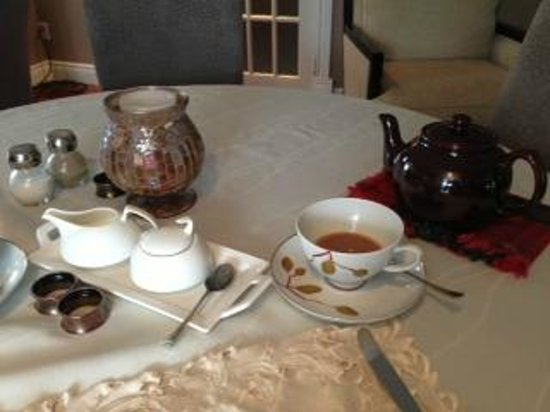Hillview Haven B&B:                   Morning Tea