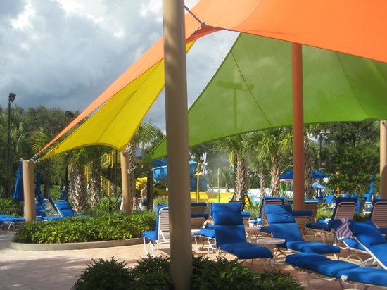 Renaissance Orlando at SeaWorld:                   Kids water play area