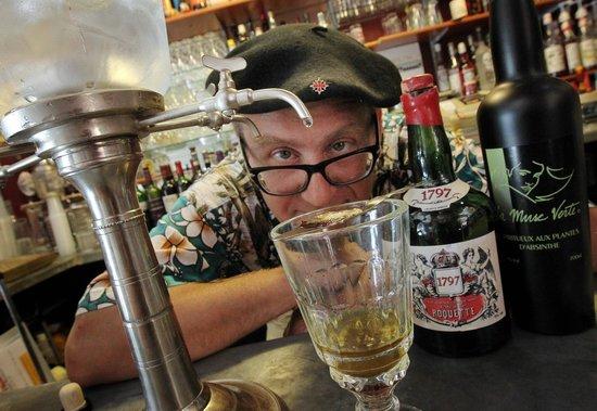 Chez le Pépère : Je suis fou.. d'absinthe!