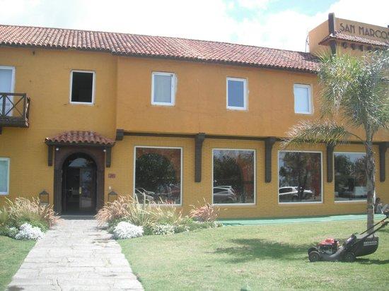 Hotel San Marcos:                   fachada hotel