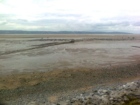 Wirral Country Park:                   Looking towards Wales