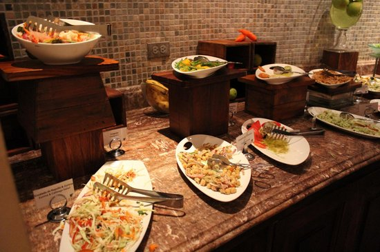 JW Marriott Hotel Guanacaste Resort & Spa:                   Buffett dinner