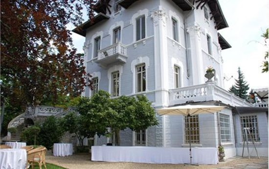 Villa Somis Photo