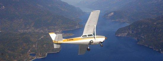 Kootenay Lake Aviation- Day Tours Photo